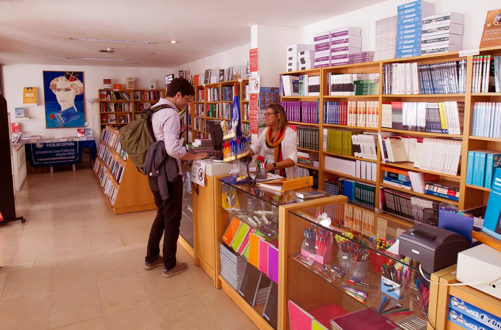 half-servicos-livraria